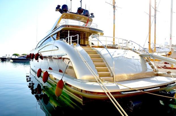Les avantages de la location d'un yacht sur la Côte-d'Azur
