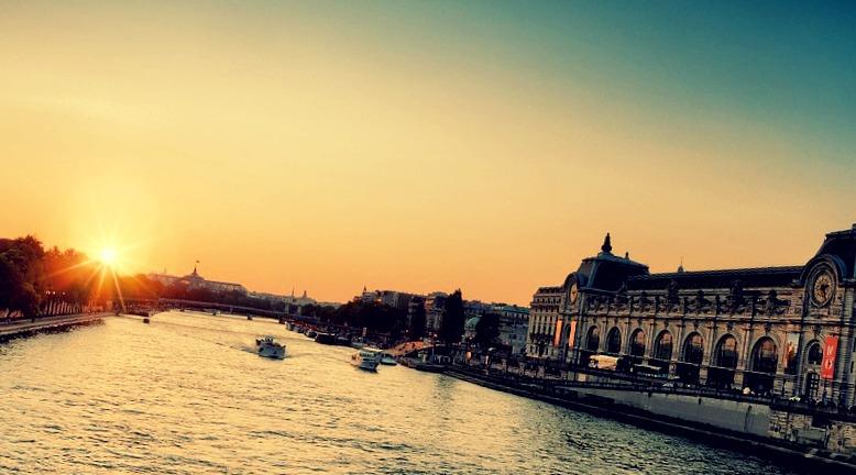 Vivez un moment extraordinaire sur un yatch à Paris !